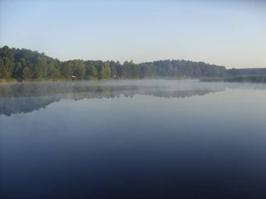 чудесное утреннее озеро